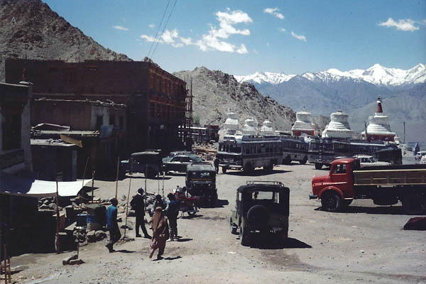 Leh bus station