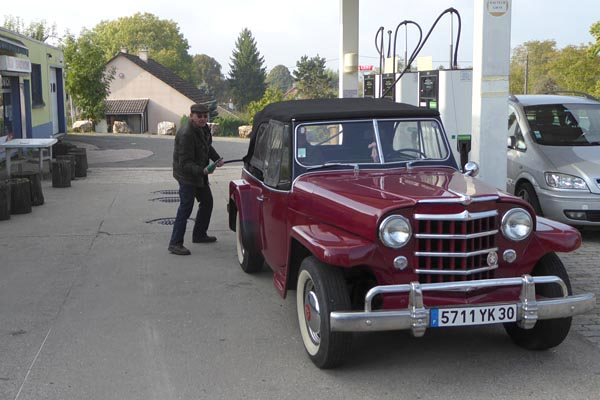 Jeepster front