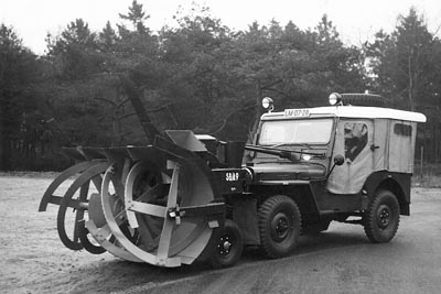 CJ-3A snowblower