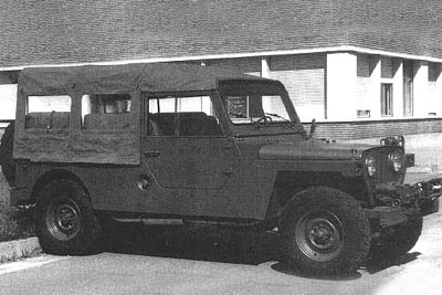 Military long-wheelbase flat-fender